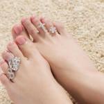 足の指輪トゥリングを付ける指には意味があった!オシャレと願いと健康と